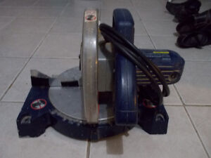 FOR SALE MITRE SAW, WORKS GOOD, FOR $25
