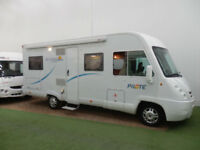 PILOTE AVENTURA G690 / A CLASS / 3500KG / 6 BERTH / FRENCH BED / SAT DOME
