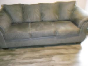 Beautiful Couch For Sale!!