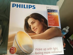 Philips HF3520 Wake-Up Light Coloured Sunrise Simulation, White