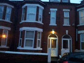 Available spacious double room in Barrfield Road, M6