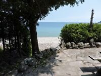 Large Waterfront 3 Bdr Cottage, located on shore of Georgian Bay