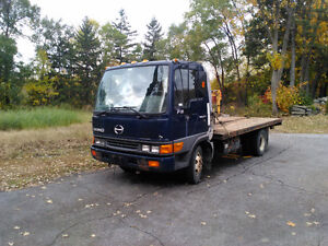 hino FB 1817 West Island Greater Montréal image 2