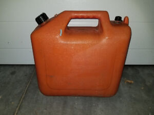 25 Liter Gas Can  / Jerry Can