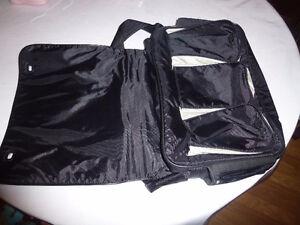 Diaper Bag - Excellent Condition Kingston Kingston Area image 4