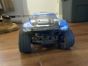 Redcat Earthquake RC Truck