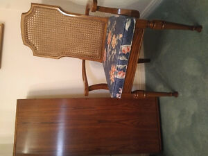 Dining table and 6 chairs Kitchener / Waterloo Kitchener Area image 4