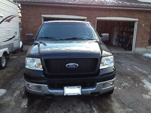 2004 Ford F150 XLT Super Crew 4x4 - 5.4 triton engine