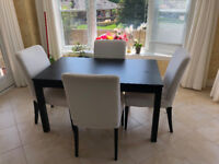 Modern Table & 4 Chairs