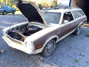 **1972 FORD PINTO SQUIRE 2 DR WAGON