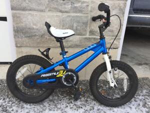 Kid's, toddler, beginner bike bicycle - ALMOST NEW CONDITION