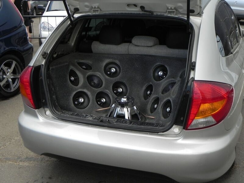 What to Look for When Buying Used Car Subwoofers