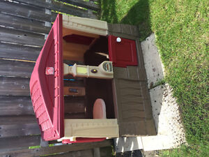 Step 2 outdoor playhouse