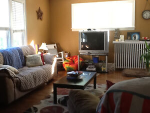 $950/ 2 bedroom apt/avail. May 1/utilities incl