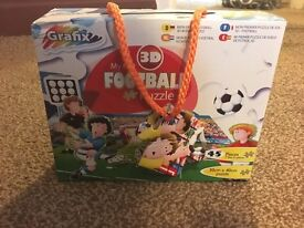 BRAND NEW BOXED FOOTBALL 3D PUZZLE KIDS GAME