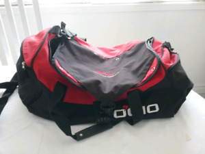 MOSTLY BRAND NEW DUFFLE BAGS