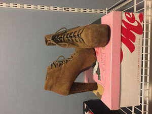 Authentic jeffrey Campbell lita boots