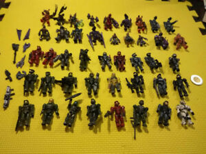 Mega Bloks HALO 43 Mini Figure Lot