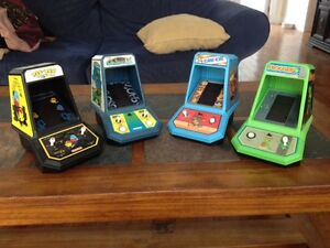 Vintage coleco table top arcade video games