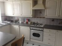 Stunning Large Double room available to rent at HARROW WEALD - VEGETARIANS Preferred-£450 - £550 PCM