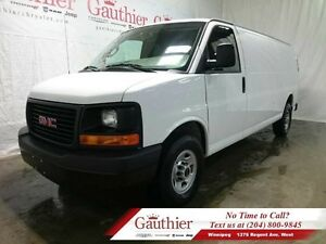 2016 GMC Savana Cargo Van 3500 w/Back-Up Camera *LOCAL*