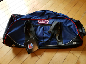 Brand New NFL Duffel Bag with wheels