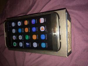 10/10 Unlocked 32GB Samsung S7 Edge