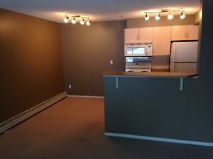 West End Callingwood South 1 bedroom condo for rent