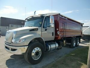 2016 International 4400 6x4, New Grain Truck