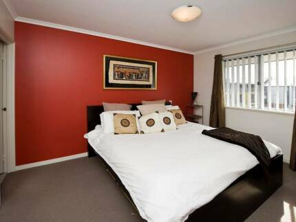 Fully Furnished Spacious2 bedroom 2 bathroom West Perth Apartment