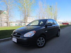 2009 HYUNDAI ACCENT GL 2 DOOR HATCHBACK NO TAX! AUTO AIR