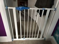 Lindam pressure fit stair / safety gate