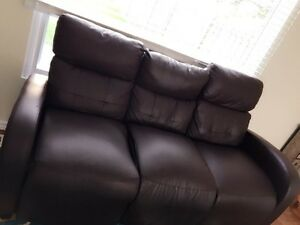 Three seater sofa with 2 recliner seats. $300 Windsor Region Ontario image 4