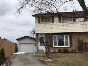 3 bedroom near Mohawk Stoney Creek campus and Eastgate Mall