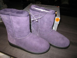 Winter boots, Girls size 4, Kirkland Shearling Boots, BNIB
