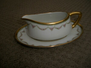Vintage Limoge: Small gravy pitcher with dish
