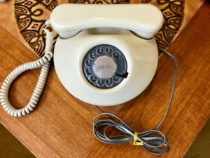 Round Rotary dial vintage phone
