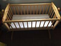 Pine swinging/fixed crib