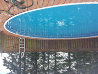 Swimming pool 27' round