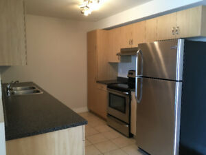 Beautiful Apartment in Dieppe – 2-Bed - $895+utilities!