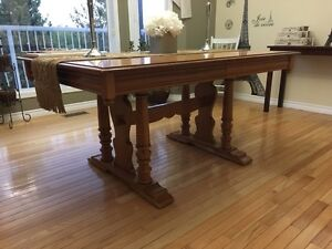 Roxton hutch and table ***REDUCED Strathcona County Edmonton Area image 3