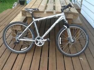 Giant Moutain bike