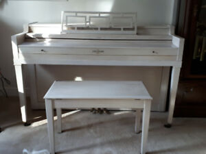 Cable Nelson Apartment size Piano