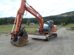 2007 Hitachi Zaxis 120 with Blade