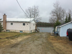 Three bedroom cottage for sale at Shackleton Lake