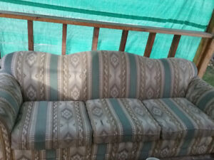 Moving; Couch for sale