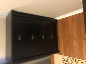 Brand new 4 drawers chest