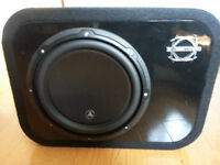 JL Audio 10w3v3 in (BASSWORX Box) Perfect condition