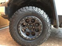 BRAND NEW SET OF FOUR 33'' BFGoodrich All-Terrain T/A KO 2'S