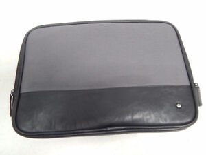 PKG Slip Sleeve for 15 Inch Macbook Pro Black / Gray
